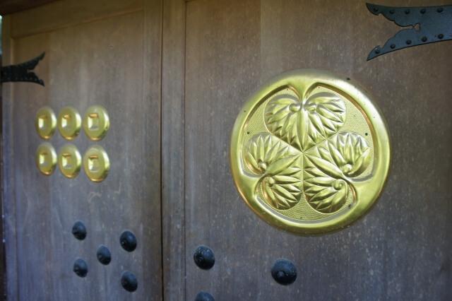 sanada-round-masayuki-sanada-nobushige-sanada-yukimura-nobuyuki-sanada-two-selection-3-people-standin04